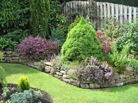 fusti-in-giardino